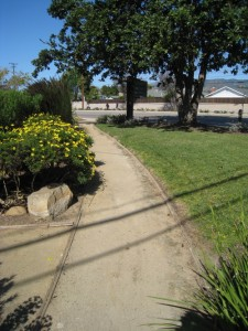 An example of a decomposed granite walking path (read: not a sidewalk)